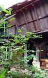 古色古香的建筑学泰国木房子 免版税库存图片