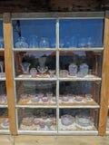 古色古香的紫色太阳镜显示 免版税库存图片