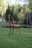 古色古香的Bentwood维也纳椅子 免版税库存照片