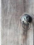 古色古香的doorknocker 图库摄影