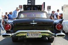 古色古香的Ford Thunderbird汽车 免版税库存照片