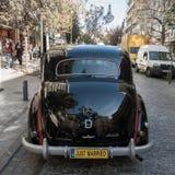 黑古色古香的Mercees苯170 S汽车后方  免版税库存照片