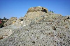 古色古香的Thracian圣所Tatul,保加利亚废墟  免版税库存照片
