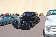 古董车:1937年纳什拉斐特 免版税库存照片
