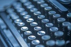 古董锁上打字机 免版税库存照片