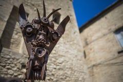 古铜猛击雕塑词汇艺术比喻电枢 库存照片