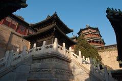 古铜色亭子在颐和园 免版税库存照片