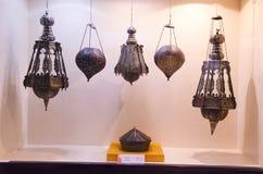 古铜色和黄铜灯罩, Kelkar博物馆,浦那,马哈拉施特拉,印度 免版税库存照片