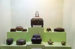 古铜色和黄铜Tiffins, Kelkar博物馆,浦那,马哈拉施特拉,印度 图库摄影