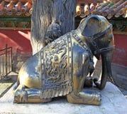 古铜色大象在故宫 北京 中国 库存图片