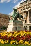 古铜色庭院宫殿皇家雕塑 免版税库存图片