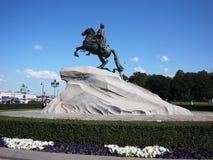 古铜色御马者纪念碑在圣彼德堡 俄罗斯的海首都 细节和特写镜头 库存照片