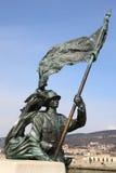 古铜色战士雕象 免版税库存图片