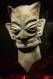 古铜色瓷屏蔽雕象 图库摄影