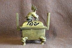 古铜色箱子 免版税库存照片