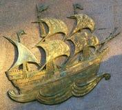古铜色著名mayflower船 免版税图库摄影