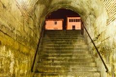 古铜色门在已分解的Diocletian宫殿 免版税库存照片
