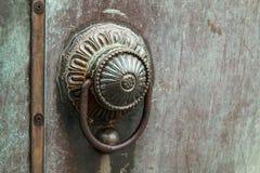 古铜色门把手 免版税库存图片