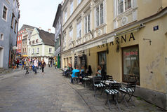 古镇捷克克鲁姆洛夫的街道 免版税库存照片