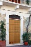 古镇的看法-科尔菲尼奥,拉奎拉,阿布鲁佐,意大利 免版税图库摄影