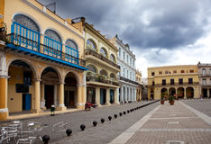 古巴。哈瓦那。正方形在老城市的中心 免版税库存照片
