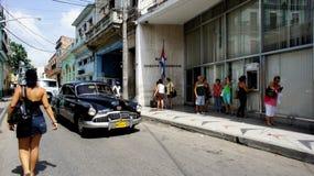 古巴。 Matanzas。 黑色Opel。 库存图片