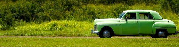 古巴经典汽车在哈瓦那古巴 库存照片