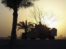 另外战士人民在冲突以后处理私事 库存图片