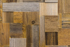从另外长方形生态老破旧的木瓦片的背景 与创造性的抓痕和的镇压的木纹理 免版税图库摄影