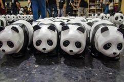 1600只熊猫世界游览在WWF的泰国在曼谷火车站( 华Lamphong station) 免版税图库摄影