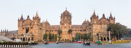 叫作维多利亚终点及早的Chatrapati Shivaji终点在孟买,印度 库存图片