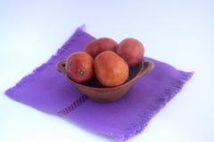 叫作jobo、流浪汉或者yuplon的墨西哥热带水果 免版税库存图片