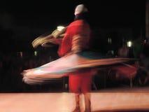 叫作Tanoura的传统埃及舞蹈 免版税库存照片