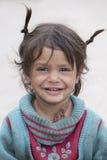 叫化子女孩在Leh,印度 免版税库存照片