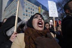 召集反对唐纳德・川普` s回教禁令在多伦多 图库摄影