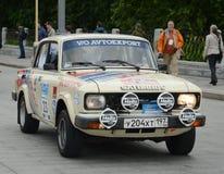 召集的老汽车汽车` Moskvich-2140 `在莫斯科 图库摄影