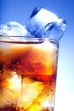 可乐新鲜的玻璃冰 库存照片