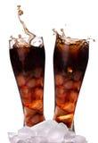 可乐求新鲜的冰的立方 免版税图库摄影