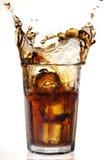 可乐飞溅 免版税库存照片