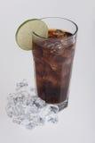 可乐玻璃highball柠檬片式 免版税库存照片