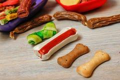 可口为狗或狗的快餐 免版税图库摄影