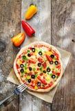 可口五颜六色的家庭焙制的薄饼 免版税库存照片