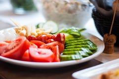 可口五颜六色的新鲜蔬菜混合 免版税图库摄影