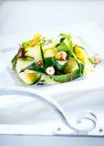 可口健康新鲜的夏天沙拉 免版税图库摄影