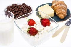 可口健康早餐用酸奶干酪 免版税库存图片