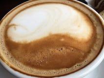 可口咖啡馆拿铁-特写镜头 库存照片