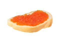 可口开胃三明治用在白色的红色鱼子酱 库存照片