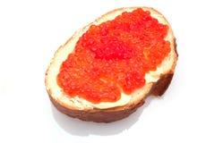 可口开胃三明治用红色鱼子酱 免版税库存图片