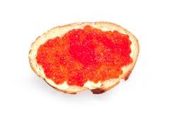 可口开胃三明治用红色鱼子酱 库存照片