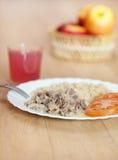 可口正餐意大利面食片式炖煮的食物 免版税库存图片